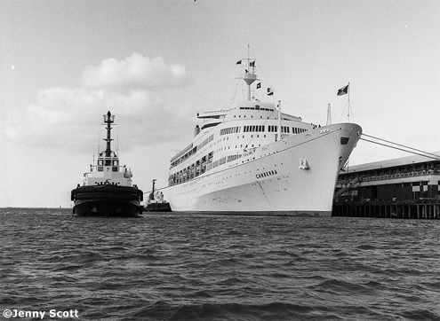 Classic Cruise Ships From Cruise Liner To War Hero The Ss Canberra Iglucruise