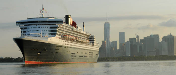 Queen Mary 2 in NY