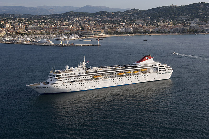 braemar black personals Book your fred olsen cruise with the cruise village black watch 18th may 2018 braemar 2nd oct 2018.