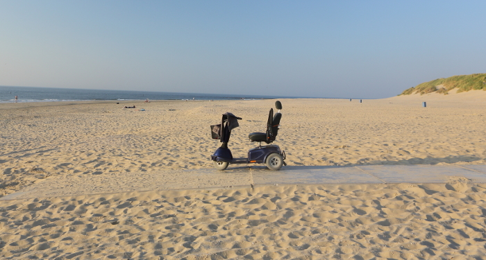 mobility_scooter_on_beach